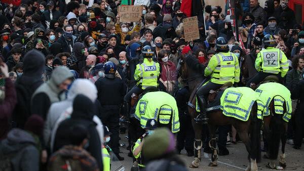 'Kill the Bill' protest turns violent in Bristol